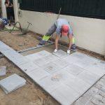 Gelves inicia las obras de mejora en varios puntos del acerado de la localidad